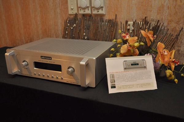 內建幾乎是整台Audio Research DAC8的DSPre前級這次也出現在展中,支援取樣率直上24bit / 192kHz,功能十分強大。