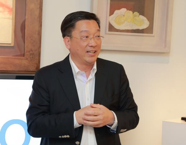Dynaudio 營業董事周永雄先生(Tommy Chow, Sales Director)應總代理鈦孚音響之邀來臺主持新一代 Xeo 系列產品說明會。